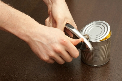 I have difficulty opening tins or cans