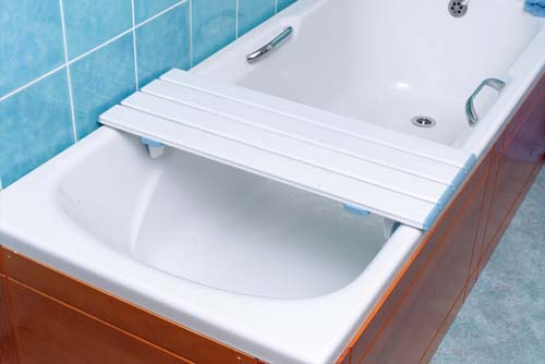 Nuvo Slatted Shower Board - 26.5in or 67cm