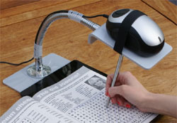 Mouse magnifier with stand