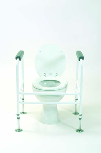 Extra Wide Toilet Surround with Floor Fixings